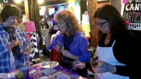 Top 5 Paint & Sip Party Companies For Your Girls Night Out