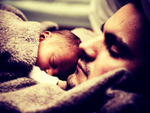 7 Ways Dads Can Bond With Their New Born Baby