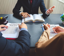 What Does A Divorce Attorney Do?